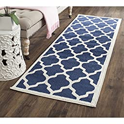 Safavieh Amherst Collection AMT420P Navy and Beige Indoor/ Outdoor Runner, 2 feet 3 inches by 7 feet (2\'3\