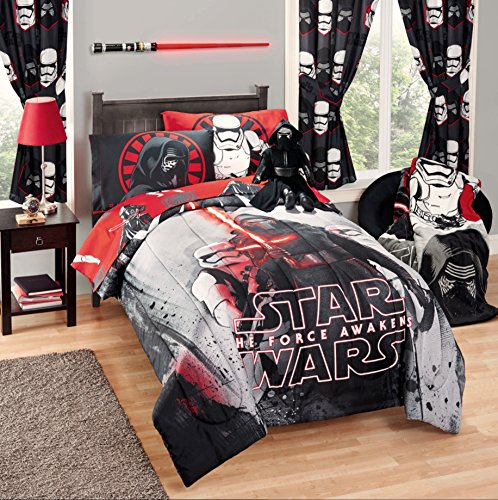 Disney Star Wars 5 Piece Kids Bed in a Bag Full Bedding Set - Reversible Comforter, Sheets & Pillow Cases (Kid Bedding Full compare prices)