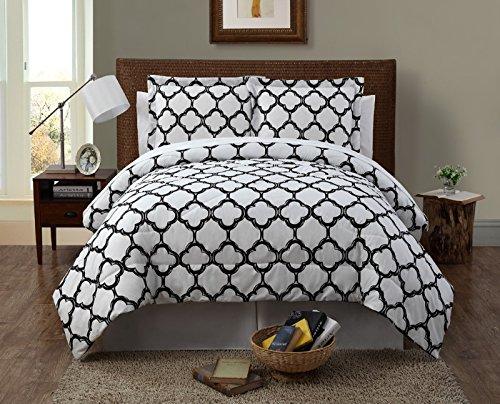 KESS InHouse KESS Original Christmasg Chevron Twin Comforter 68 X 88