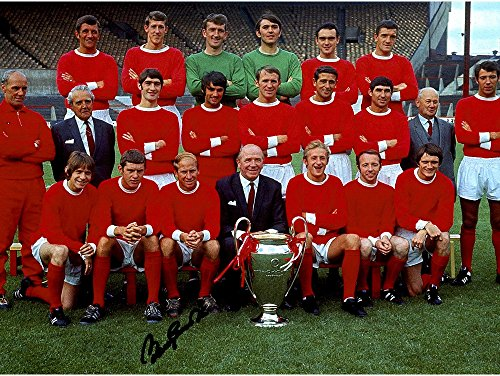 """Sir Bobby Charlton Manchester United Autographed 12"""" x 16"""" 1968 European Cup Photograph - ICONS - Fanatics Authentic Certified"""