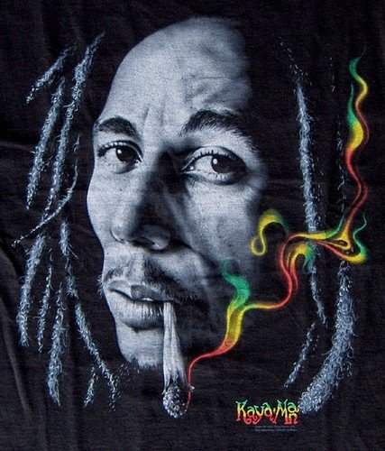 Bob Marley T-Shirts Rasta Smoke - Large