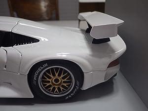 UT Models (China White Porsche 911 GT1 1996 Diecast 1:18 Nib