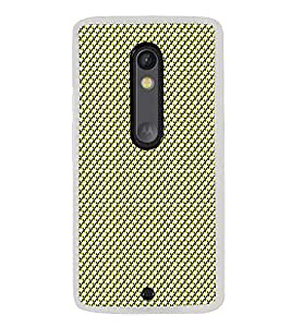 Colourful Pattern 2D Hard Polycarbonate Designer Back Case Cover for Motorola Moto X Play