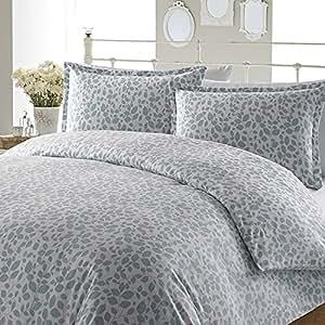 Amazon.com: Laura Ashley Leaves Flannel Duvet Cover Set, King, Aqua