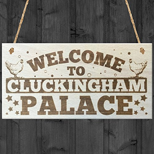 red-ocean-welcome-to-cluckingham-palace-novelty-wooden-hanging-plaque-chicken-hen-hutch-coop-farmers