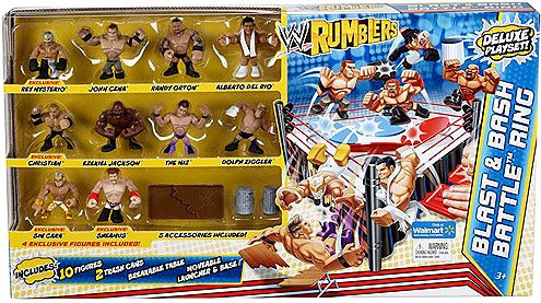Imagen de WWE Wrestling Rumblers Exclusive Card Battle y anillo Bash con 10 mini figuras y accesorios 5