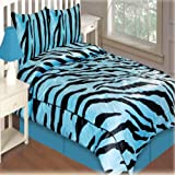 Queen Size Comforter W/2 Shams In Aqua
