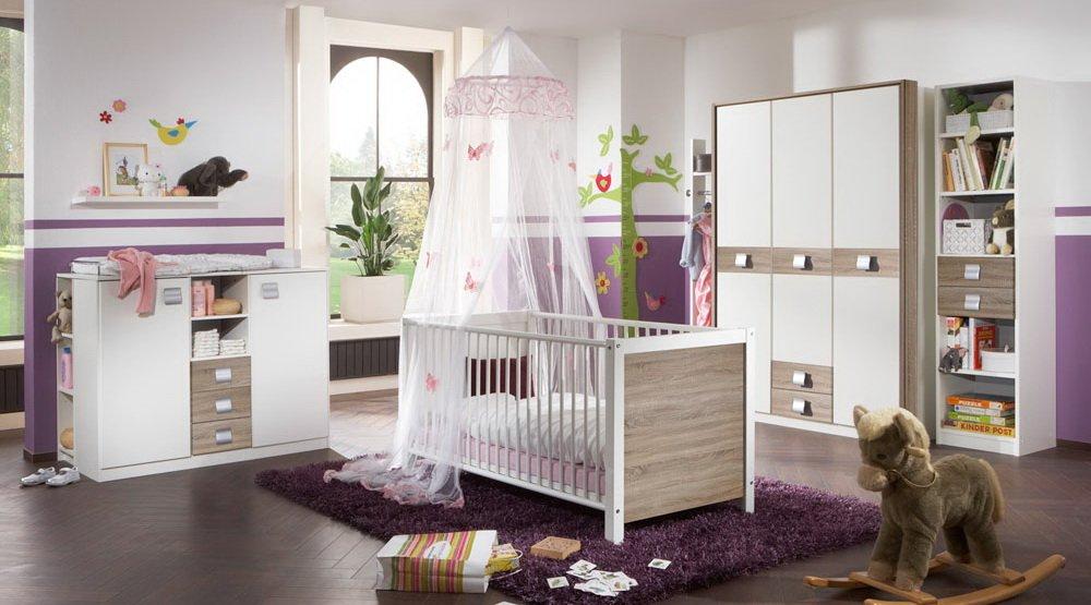 Babyzimmer 3-tlg.in Alpinweiß mit Absetzungen in Eiche-Sägerau-Dekor, Schrank B:135 cm, Babybett inkl. Lattenrost 70 x 140 cm, Wickelkommode B: 122 cm