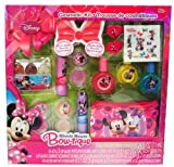 Disney Minnie Mouse Bow-tique Beauty Gift Set Asst of Cosmetics, Hair Acc. & coin pouch