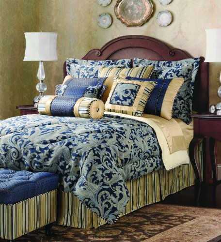 Jennifer Taylor Hampton 4-Piece Comforter Set
