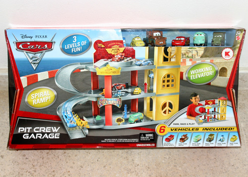 Cars  Pit Crew Garage Toy