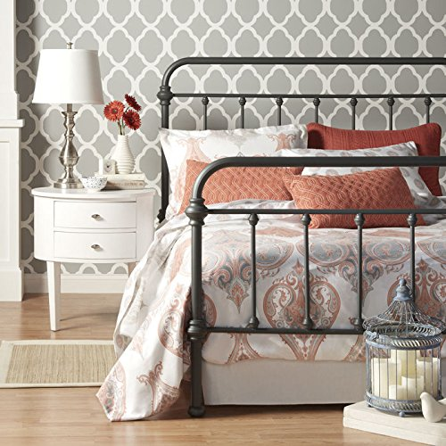 Nottingham Metal Spindle Bed Queen Size