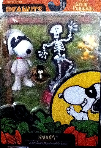 "Snoopy as the Masked Marvel and Woodstock Figures with Dog Dish of Skeleton Bones - 2009 Peanuts ""It's the Great Pumpkin, Charlie Brown!"" Series - 1"