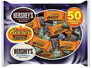 Hershey's Halloween Snack Size Candy Assortment, 50 Count