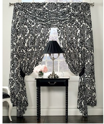 Luxury Damask Bedding front-1075759