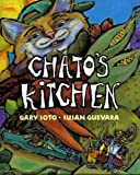 Chato y su Cena / Chatos Kitchen [With Spanish Book and Cassette(s)] (Multilingual Edition)
