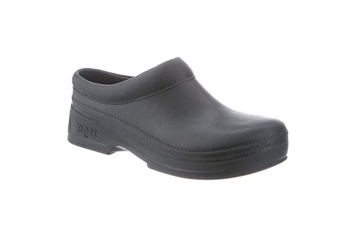 Best Non Slip Restaurant Work Shoes For Servers Waiters And