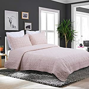 Bedsure Solid Pattern Style Quilt Set- Quilt and Sham, All Season, Hypo-allergic and Lightweight--3pcs Full/Queen, Pattern B Camel