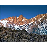 "Poster 60 x 50 cm - ""The Alabama Hills lead to Mt Whitney and the Sierra Nevada Mountains in California"" von Ric..."
