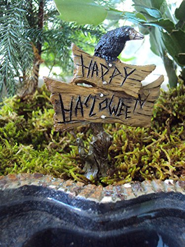 [The Fiddlehead Fairy Garden Crow Atop Happy Halloween Sign Miniature Fairy Garden Accessory #17010] (Halloween Accessories)