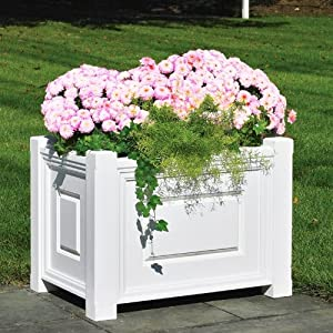 Garden outdoor gardening lawn care pots planters container accessories