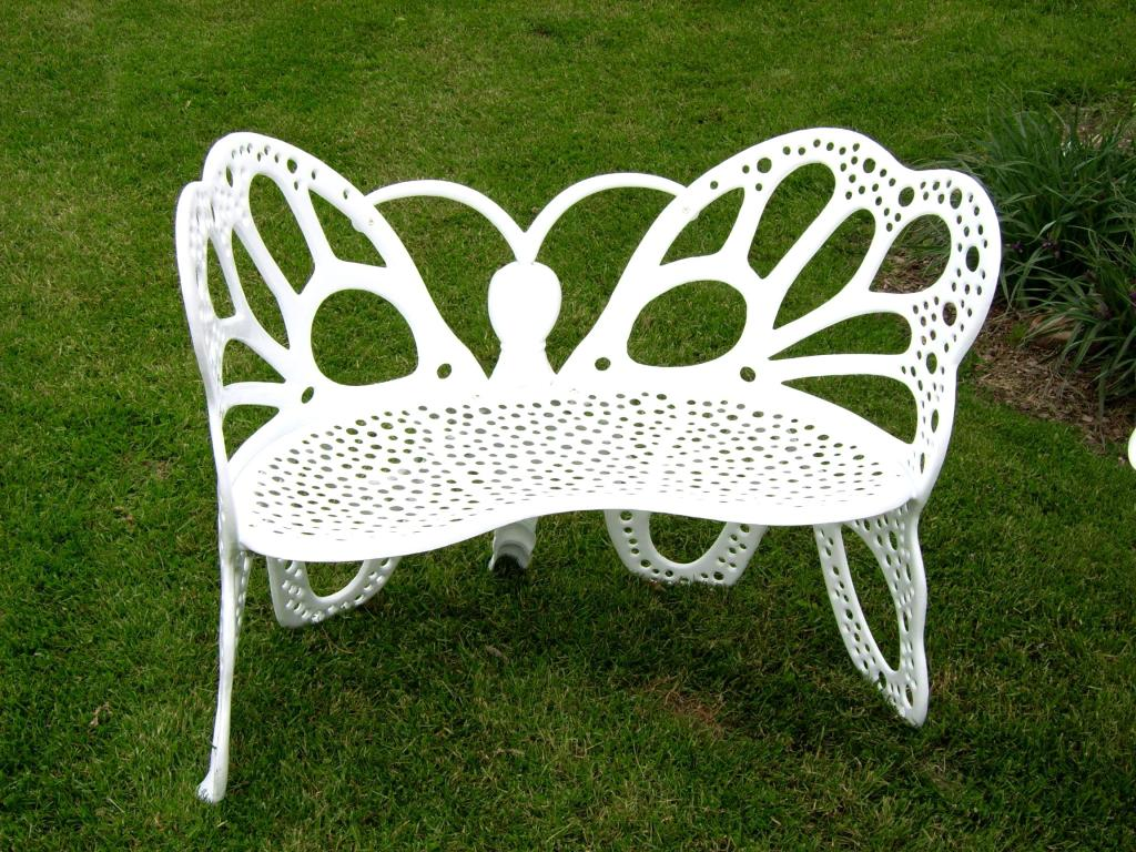 Flower House Fhbfb06w Butterfly Bench White Outdoor Benches Patio Lawn Garden