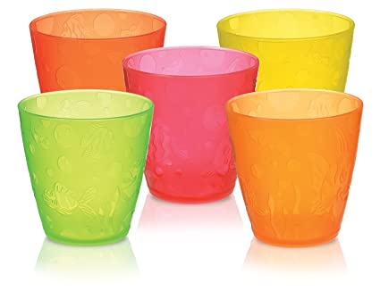 Small Plastic Drinking Cups