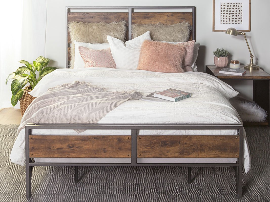 New Rustic Queen Size Metal and Wood Plank Bed-Includes Head and Footboard