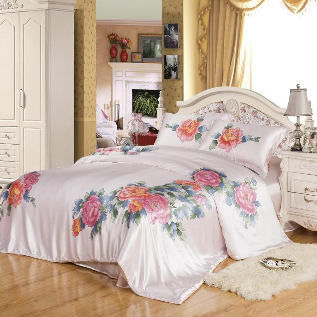 Orifashion Luxury Petal Pink 5-Piece 100% Silk Charmeuse Bedding Set With Hand Painting Of Peony, California King Size