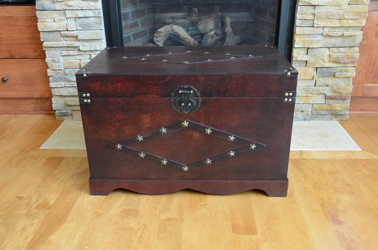 Jamestown Chest Wooden Steamer Trunk - Large Trunk 1