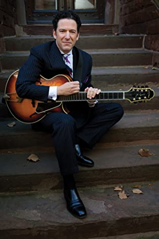 Image of John Pizzarelli