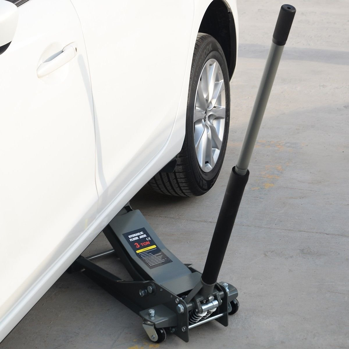 Goplus Floor Jack w/ Rapid Pump Quick Lift 3 Ton Garage Service Jack