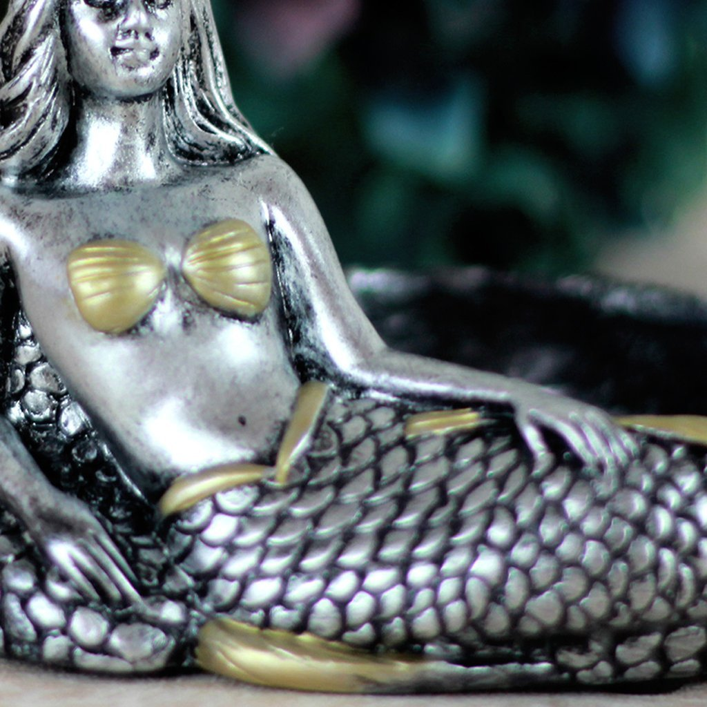 Vintage Fashion Creative Unique Resin Mermaid Ashtray Ornaments Table Ashtray Cigar Ash Tray Home Decoration Décor Crafts Gifts (silver) 1