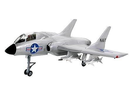 Revell - 19 - Maquette Classique à Peindre et à Coller - F-7U-3 Cutlass
