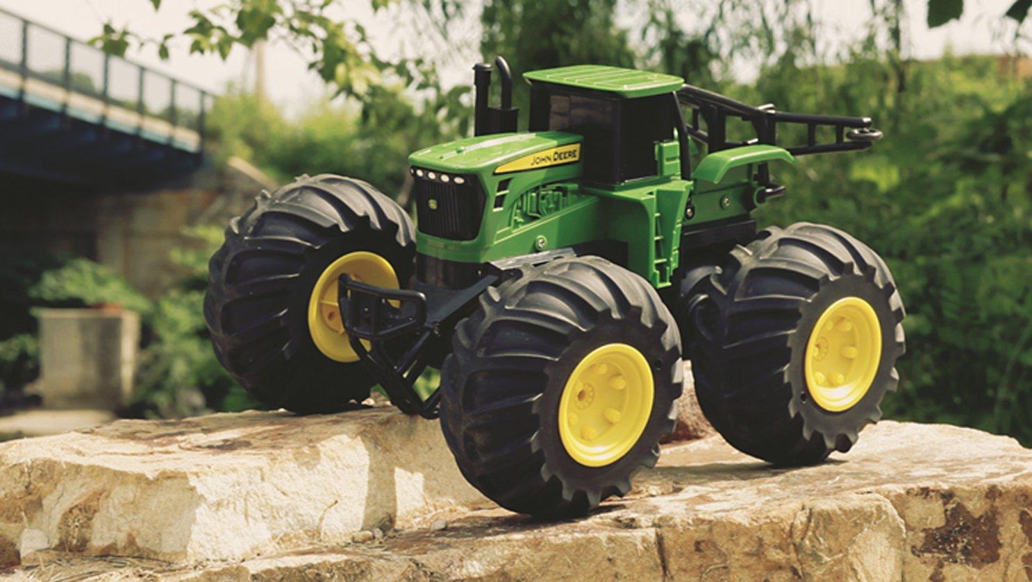 john deere 42921 ferngesteuerter traktor klasse. Black Bedroom Furniture Sets. Home Design Ideas