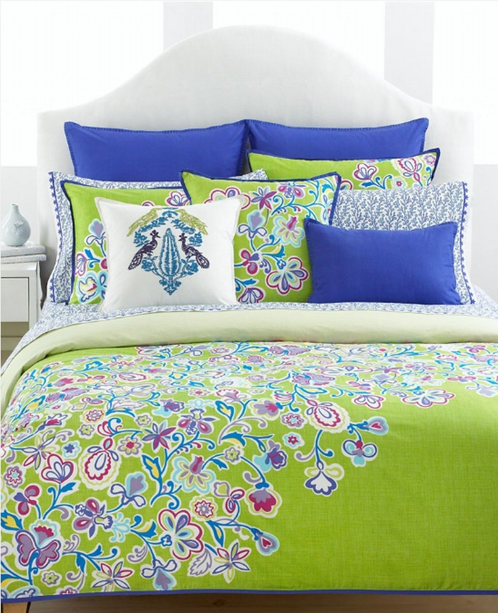 Tommy Hilfiger Folklore Twin Comforter And Sham Set