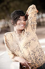 Image of Le'Andria Johnson