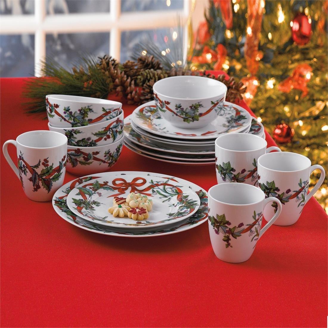 Brylanehome 16-Pc. Christmas Dinnerware Set (White,0)