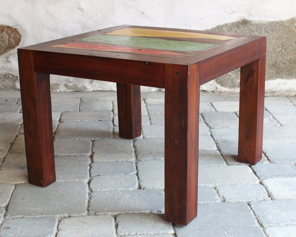 Kinderzimmer Spieltisch – JAMUNA – Unikat L: 60cm B: 60cm H: 46cm jetzt kaufen
