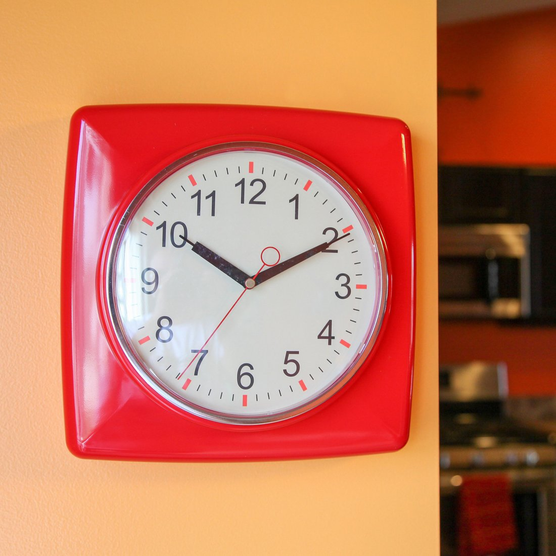 Lily's Home Square Retro Kitchen Wall Clock, Large Dial Quartz Timepiece, Red, 11