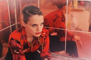 Image of Anna Calvi