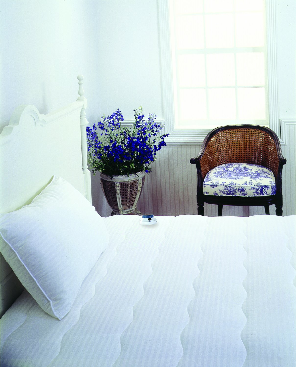 Serta Damask Stripe 233-Thread Count Low-Voltage Electric Heated Queen  Mattress , New, Free Shipping