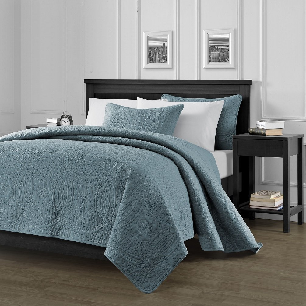 Blue bedspreads and comforters - Chezmoi Collection Austin 3 Piece Oversized Bedspread Coverlet Set King Spa Blue