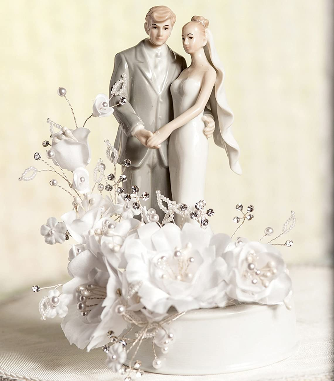 Vintage Bride and Groom Wedding Cake Topper 0
