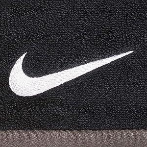 Nike Fundamental Towel L Black/White (Color: BLACK/WHITE, Tamaño: 24 x 47)