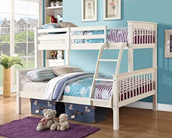 SOLID PINE WHITE NOVARO TRIO TRIPLE BUNK BEDSTEAD WITH ANGLED CHILD FRIENDLY LADDER