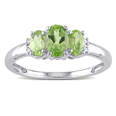 10k White Gold Accent Diamond and Peridot Ring (0.02 Cttw, G-H Color, I2-I3 Clarity)