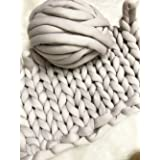 Super Chunky Vegan Yarn, Acrylic Bulky Thick Roving Washable Softee Chunky Jumbo Yarn for Arm Knitting DIY Kit Handmade Blankets Rugs Making (Grey, 60m) (Color: Grey, Tamaño: 60m)