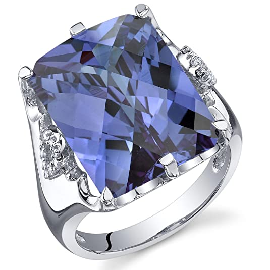 Revoni Royal Marvel 16.00 Carats Radiant Cut Alexandrite Ring in Sterling Silver