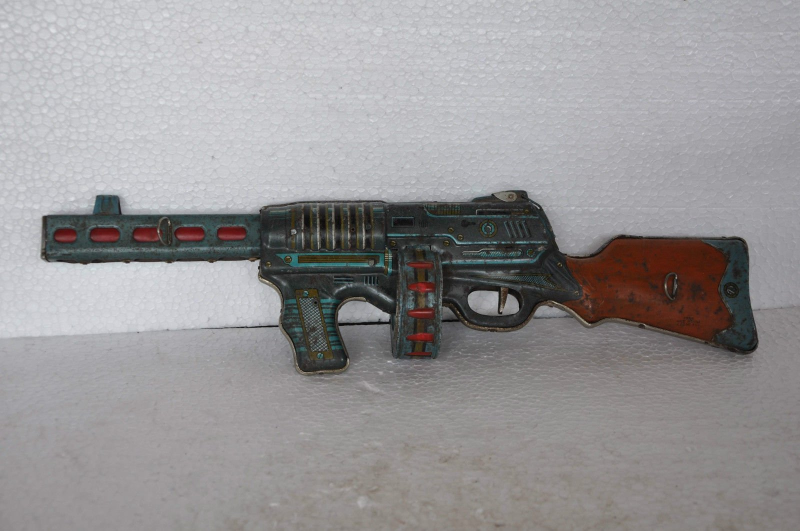 Vintage Tin Litho Guns